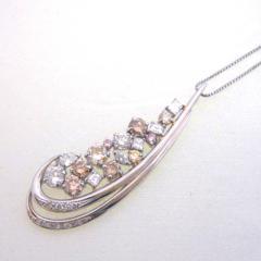 マルチダイヤモンドネックレス
